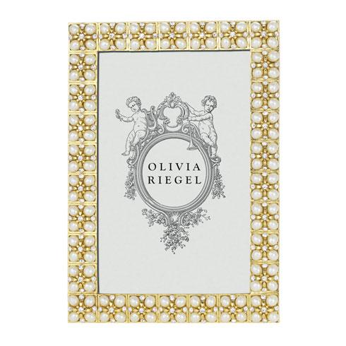 Olivia Riegel  Emily 4