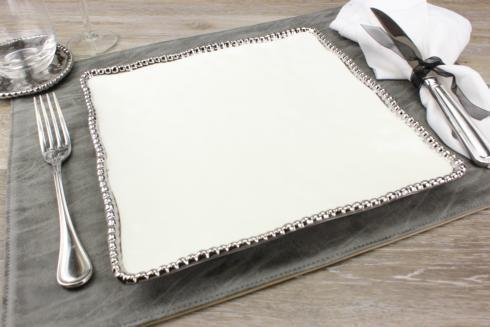 Square Dinner Plate collection with 1 products