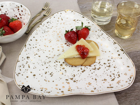 Pampa Bay  Royal Living Triangular Serving Plate $62.50