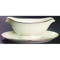signature platinum gravy boat and stand collection with 1 products