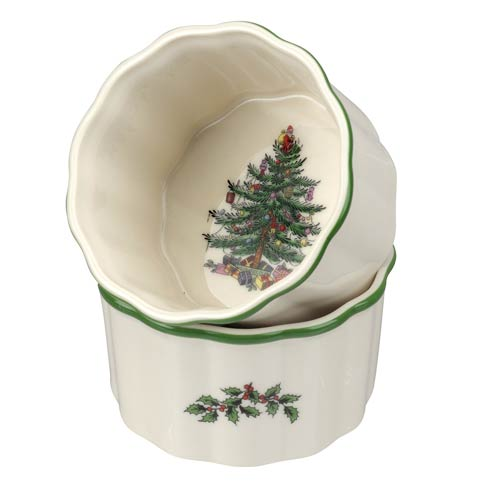 Spode Christmas Tree Bakeware 3.5 Inch Round Scalloped Ramekins - Set of 2 $19.99