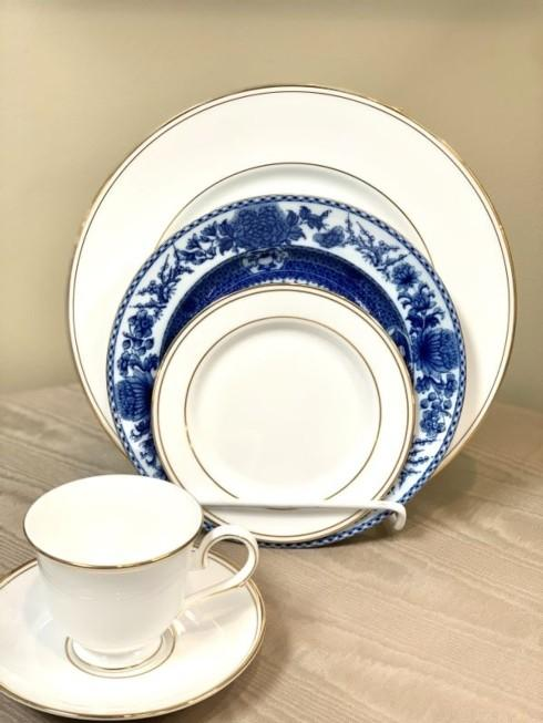 $166.25 Federal Gold with Imperial Blue 5 Piece Place Setting