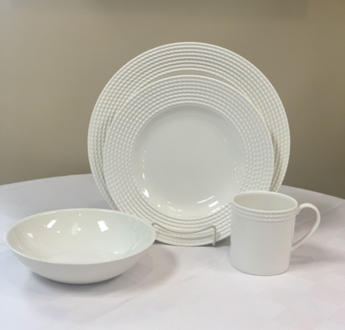 Pieces of Eight Exclusives   Wickford by Lenox four piece place setting $80.00