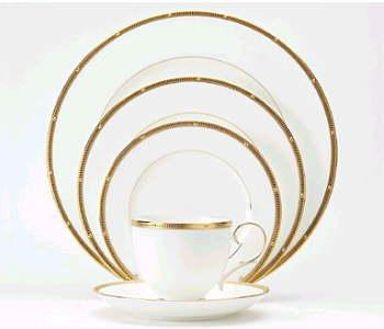 $101.00 Rochelle Gold by Noritake Five Piece Place Setting