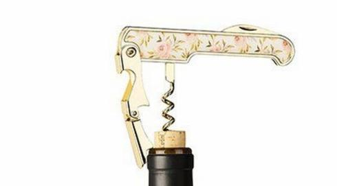 Rose patterned corkscrew collection with 1 products