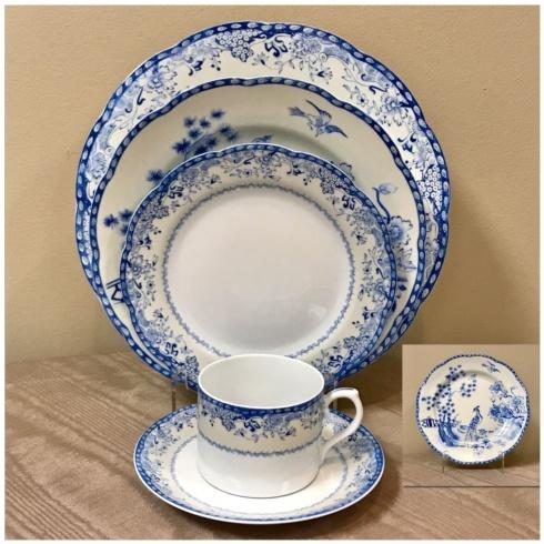 Pieces of Eight Exclusives   Virginia Blue 5 Piece Place Setting $220.00