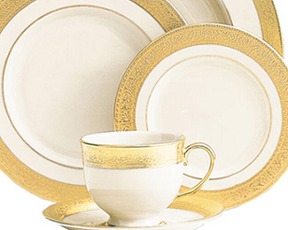 Pieces of Eight Exclusives   Westchester Cup and Saucer $198.90