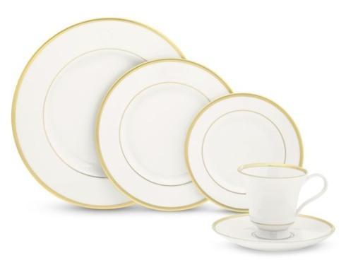 Pickard Monogram   Gold Monogrammed Dinner Plate $80.00