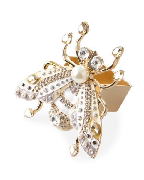 $145.00 Ivory/gold flies S/4
