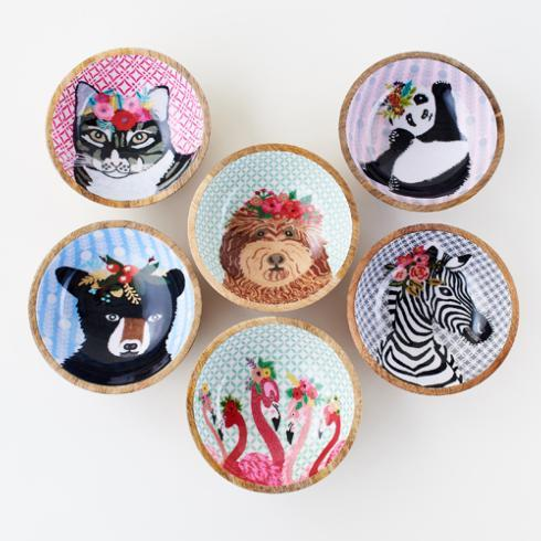 Wooden Animal Bowl collection with 1 products