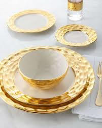 Truro Gold Bread Plate collection with 1 products