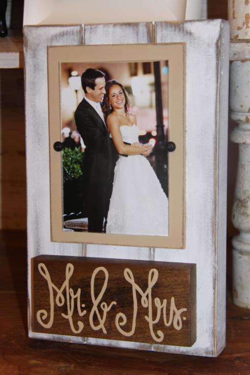 Plum Southern Exclusives   Picture Frame 9 Mr. & Mrs. (holds 4x6) $40.00