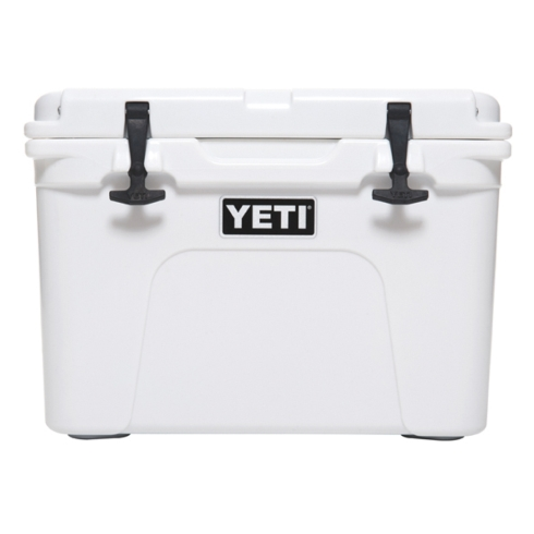 Tundra 35qt. collection with 3 products