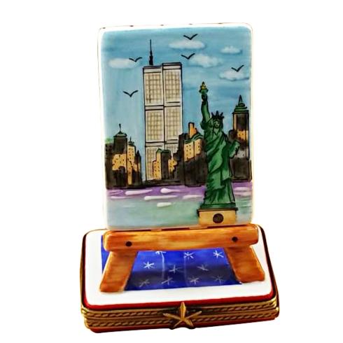 $199.00 EASEL - NEW YORK