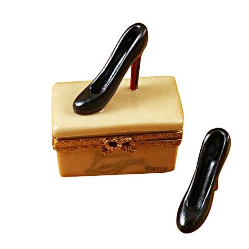 $299.00 SHOE BOX WITH STILLETOS