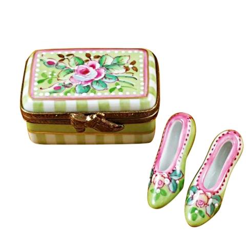 $289.00 Shoe Box W/Shoes - Victoria