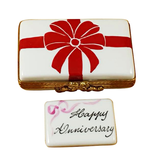 $179.00 Gift Box With Red Bow - Happy Anniversary