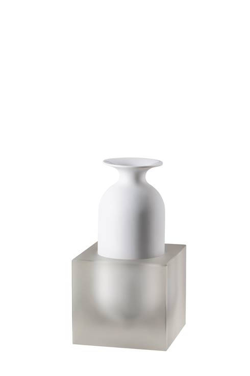 Freddo White collection