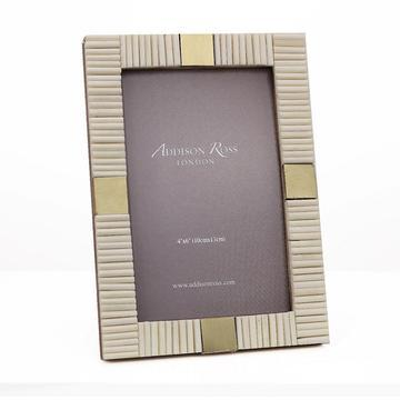 $35.00 Addison Ross White Striped Bone Frame 4x6