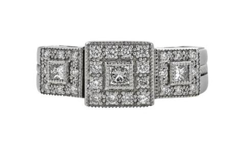 $2,995.00 18K White Gold With Diamond Ring
