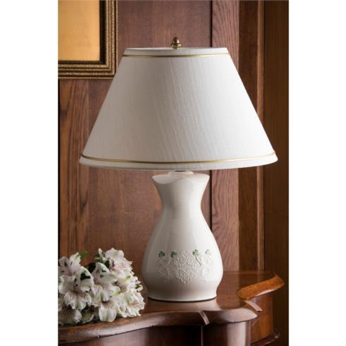 BELLEEK CLASSIC SHAMROCK LACE LAMP AND SHADE collection with 1 products