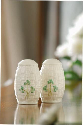 Shamrock Salt and Pepper Set collection with 1 products