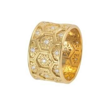 $4,300.00 18k Gold Diamond Flower Band