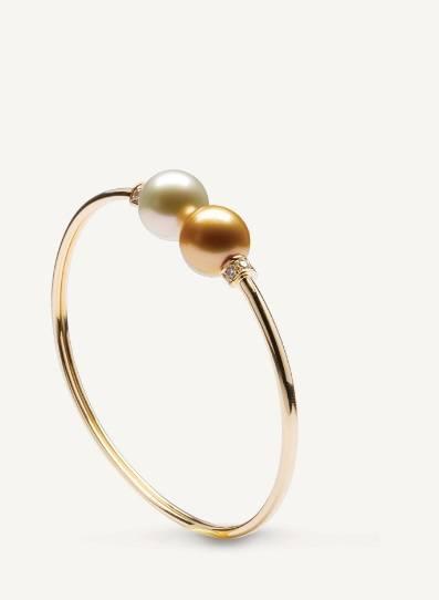 $4,270.00 Les Classiques Golden and White South Sea Pearl Bracelet