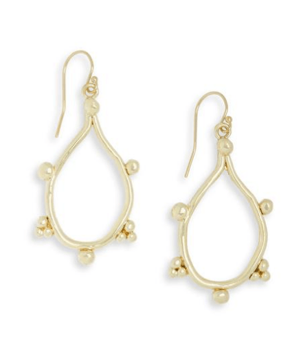 Esme Earrings collection with 1 products