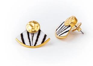 $95.00 Cissy Earring