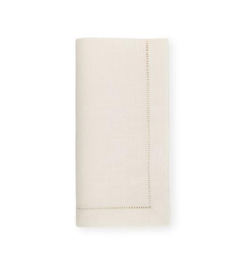 $57.00 Festival set of 4 Oyster Dinner Napkins