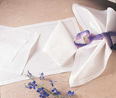 Saro Designs   Hemstitched Dinner Napkins $10.00