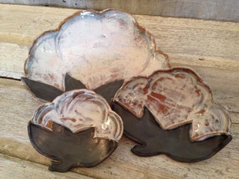 Cotton Boll Plate Medium - Birch/Brown collection with 1 products