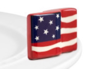 Nora Fleming  Attachments American Flag $12.50