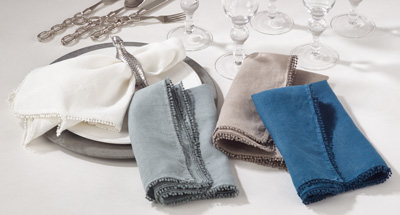 Napkin Petite Pom Pom - Ivory collection with 1 products