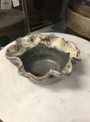 Etta B Pottery   Ruffle Bowl Sm Gray $37.50