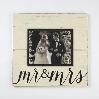 Mud Pie   Mrs & Mrs Frame  $49.95