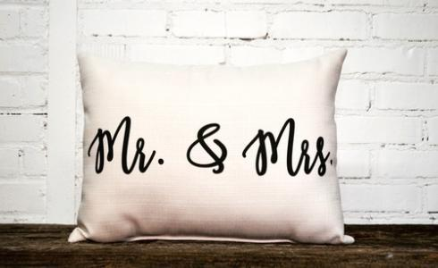 Mr Mrs Pillow  collection with 1 products