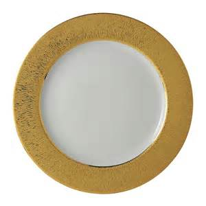 Dune Gold Service Plate collection with 1 products