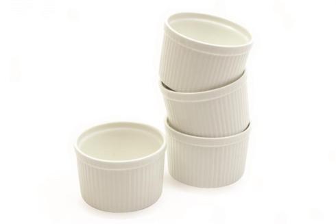 Maxwell & Williams  Bakeware Set of 4 Boxed 8 oz Ramekins $20.00