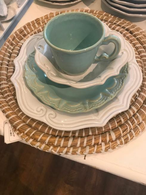 $180.00 Vietri 4 piece place setting