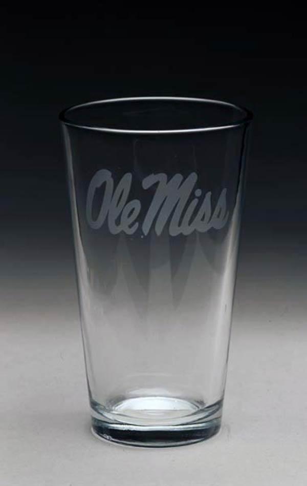 Arthur Court  University of Mississippi Pub Glass $10.00