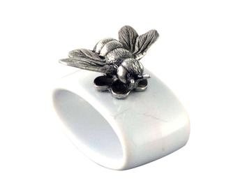 $68.00 Bee Stoneware Napking Ring Set of 4