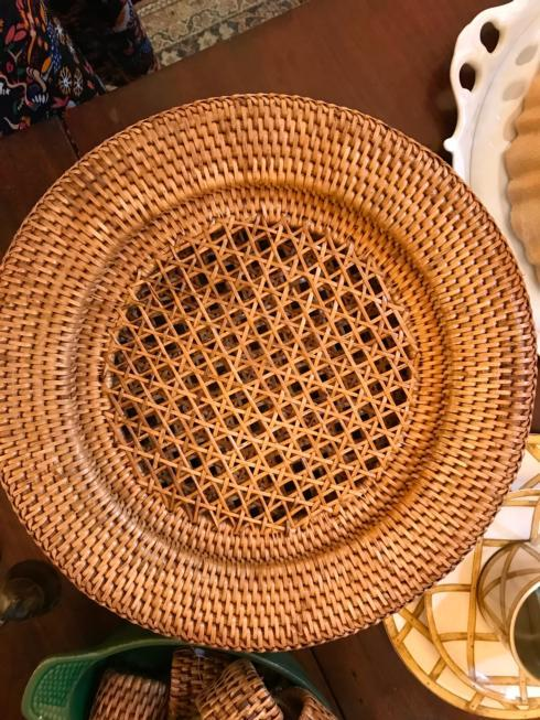 Vieuxtemps Exclusives   Rattan Charger Single $20.00