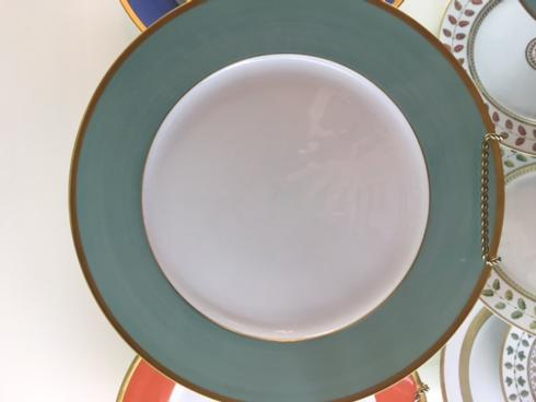 Madison Dinner Plate collection with 1 products