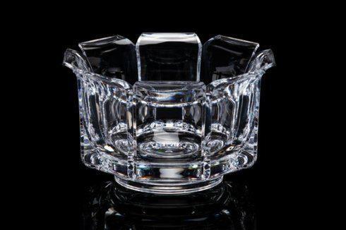 Vieuxtemps Exclusives   Small Acrylic Regal Bowl $34.00