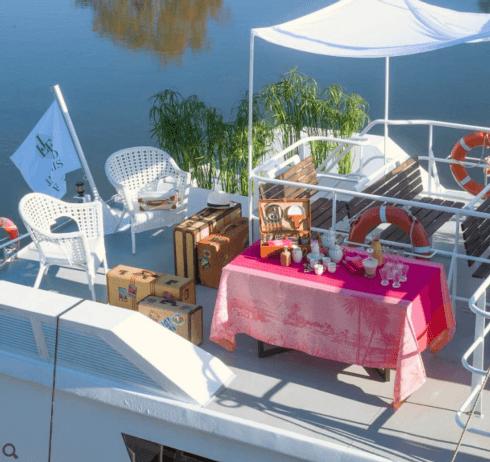 """$445.00 Le Jacquard Francais Tablecloth 69"""" x 98"""" Croisière sur le Nil Orchid"""