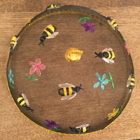Bee Food Dome collection with 1 products