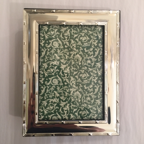 William-Wayne & Co. Exclusives   Photo Frame with Album $60.00
