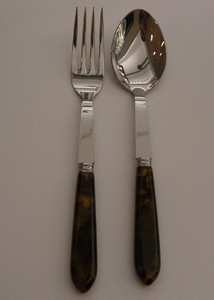 William-Wayne & Co. Exclusives   Sabre Tortue 2pc Serving Set $110.00